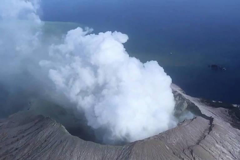 Mortes em vulcão da Nova Zelândia sobem para seis; oito seguem desaparecidos