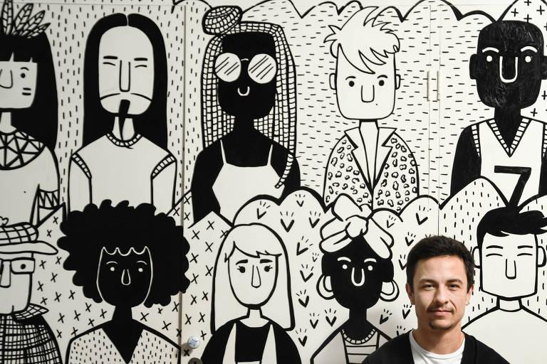 Luca Scarpelli, 29, é homem trans e publicitário em São Paulo