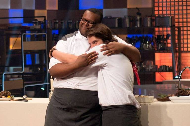Estefano Zaquini e Vitor Bourguignon estão na final do MasterChef - A Revanche
