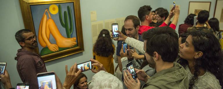 Tarsila destrona Monet e vira mostra mais vista na história do Masp