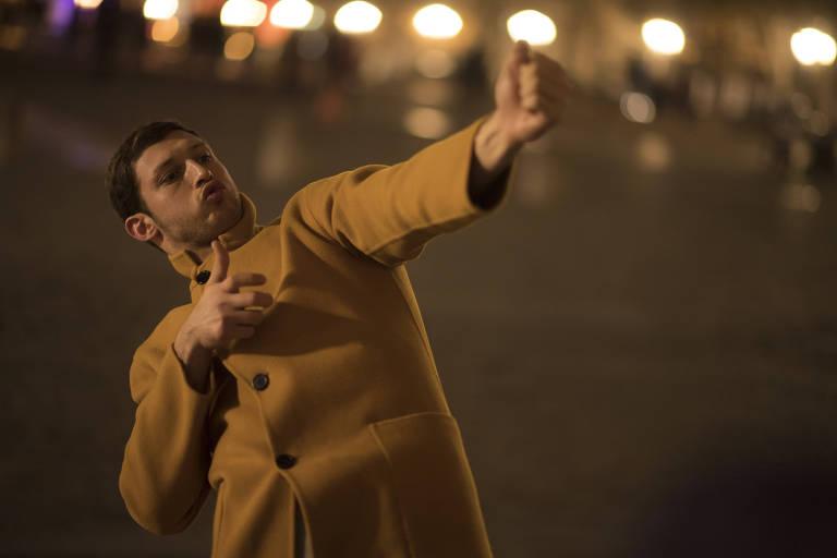 Tom Mercier em cena do filme 'Synonymes', de Nadav Lapid