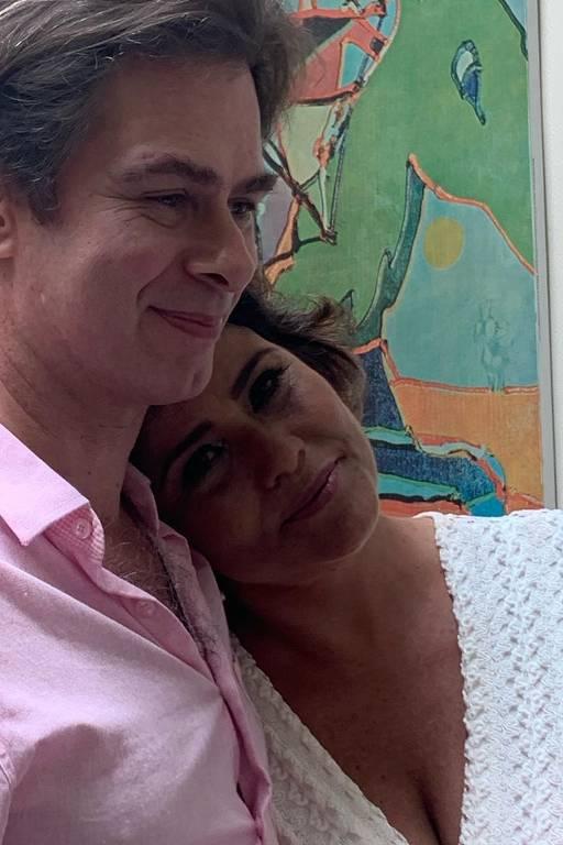 Valéria Alencar e João Vitti oficializam os 25 anos de união