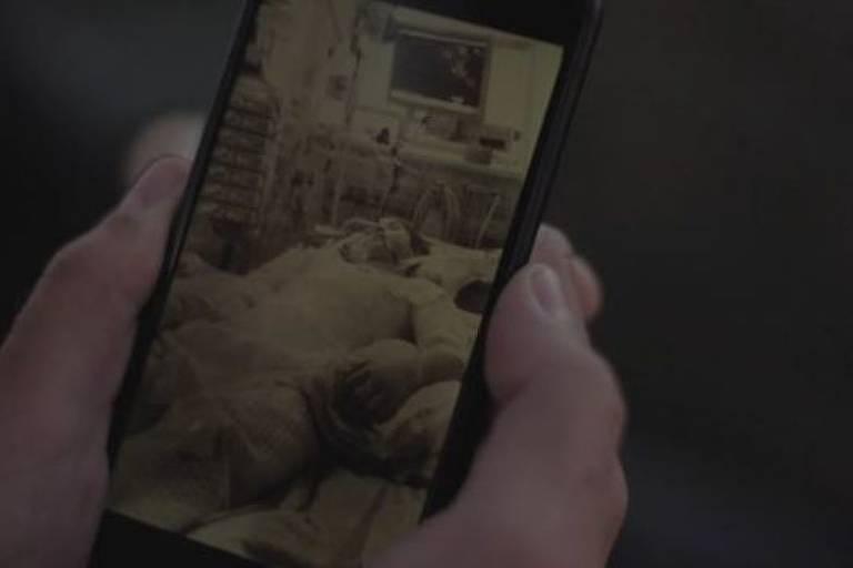 Essa foto foi tirada pelo pai de Casper quando ele estava em coma no hospital