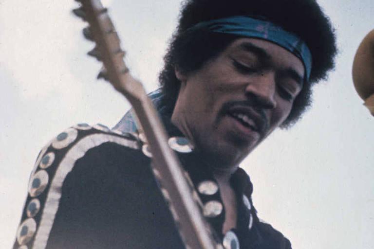 A estrela do rock americana Jimi Hendrix
