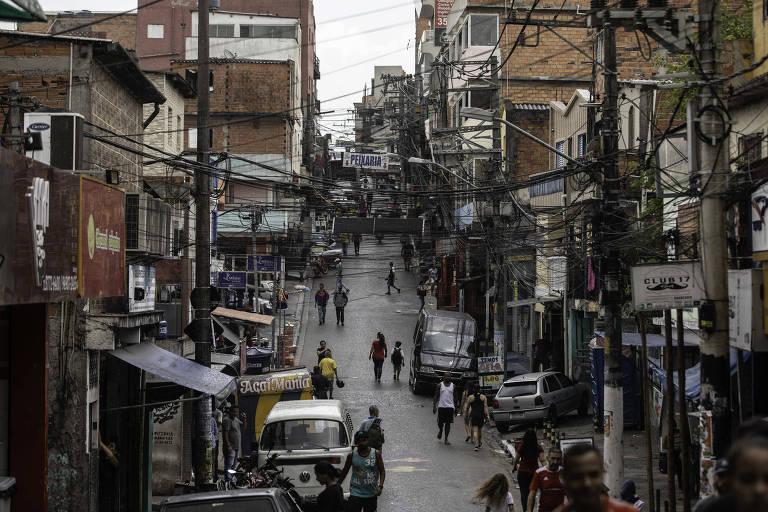 Promessas descumpridas à favela de Paraisópolis vão de parque a metrô