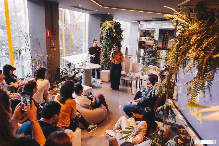 Roda de conversa em edição de setembro do projeto Criativa Mente, na Casa Tegra