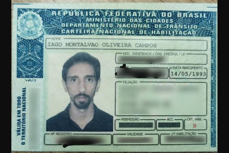 foto mostra carteira de habilitação do presidente da UNE