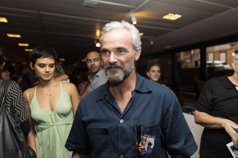 O ator Mateus Carrieri