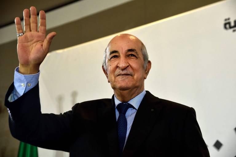 O presidente eleito da Argélia, Abdelmadjid Tebboune, durante entrevista coletiva após sua vitória ser anunciada
