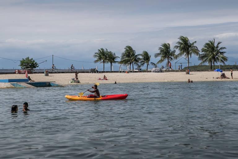 Parque Ambiental da Praia de Ramos Carlos de Oliveira Dicró, popularmente conhecido como Piscinão de Ramos, está completando 18 anos