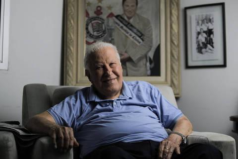 SÃO PAULO, SP, BRASIL, 13-12- 2019, 18hs: Retrato do ex dirigente do Corinthians e empresário, Alberto Dualib.. (Foto: Jardiel Carvalho/Folhapress - ESPORTE). EXCLUSIVO  FOLHA