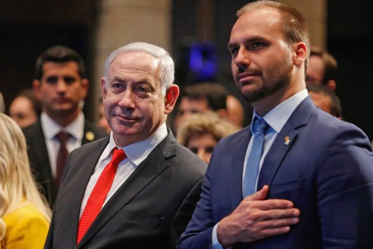 Primeiro-ministro israelense Benjamin Netanyahu ao lado do deputado Eduardo Bolsonaro na abertura de escritório da Apex.