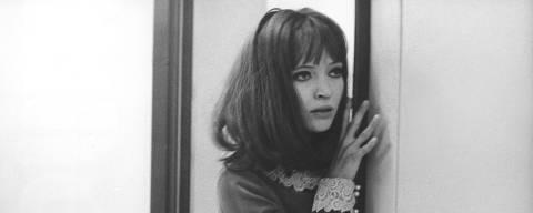 Anna Karina Alphaville (1965) durante cena do filme