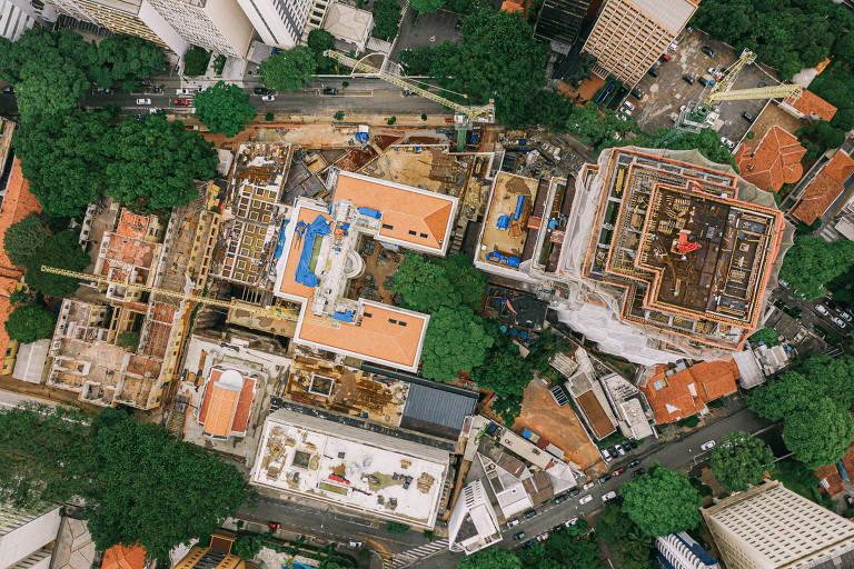 Obras do mega empreendimento Cidade Matarazzo, que está sendo construído em uma área de 27 mil metros quadrados,  entre a rua São Carlos do Pinhal, alameda Rio Claro e rua Itapeva