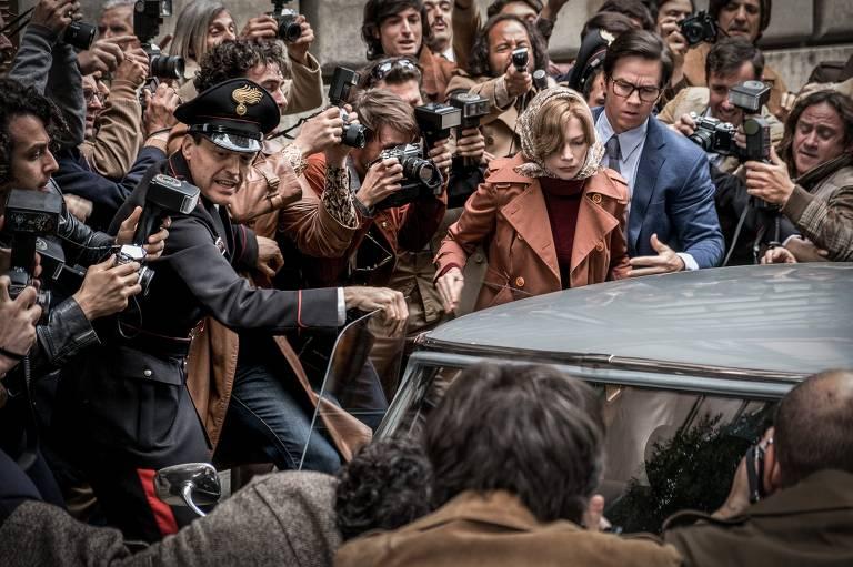 Veja cenas do filme 'Todo o Dinheiro do Mundo'