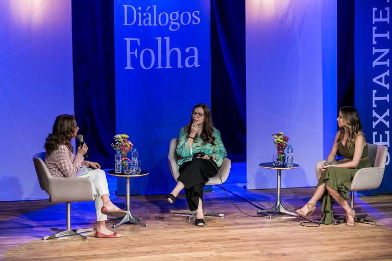 """Conversa entre Ana Michelle Soares, que lança o livro """"Enquanto eu respirar"""", e a geriatra Ana Claudia Arantes, autora de """"A morte é um dia que vale a pena viver"""", realizada na quinta-feira (12), no Teatro Folha. A mediação foi da jornalista Claudia Collucci"""