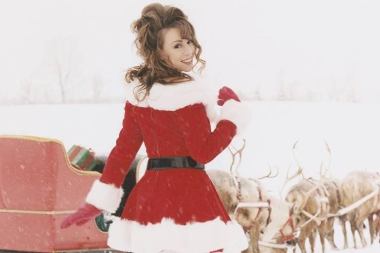 Mariah Carey em imagem promocional do álbum 'Merry Christmas'