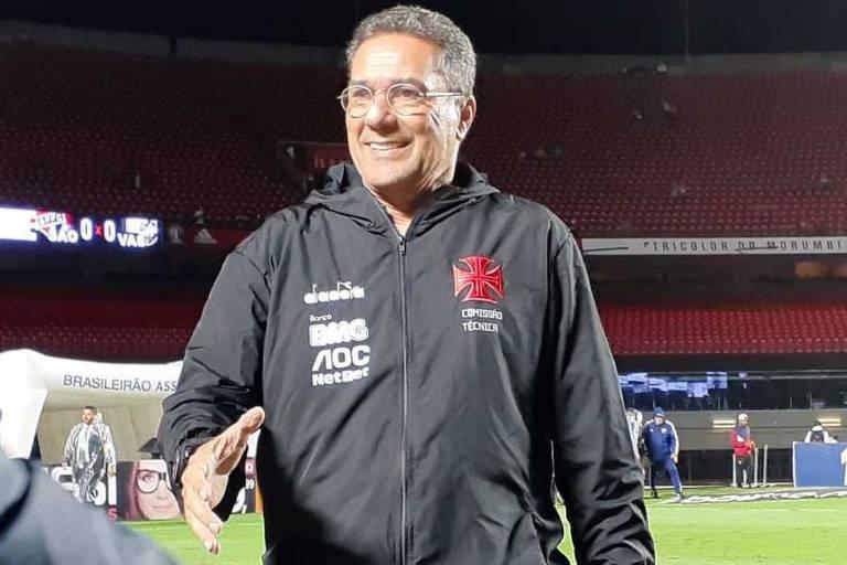 O técnico Vanderlei Luxemburgo não renovou com o Vasco e agora vai reassumir o comando do Palmeiras pela quinta vez na carreira