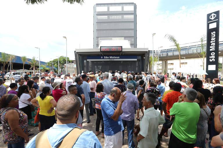 Inauguração de três estações do monotrilho, em dezembro