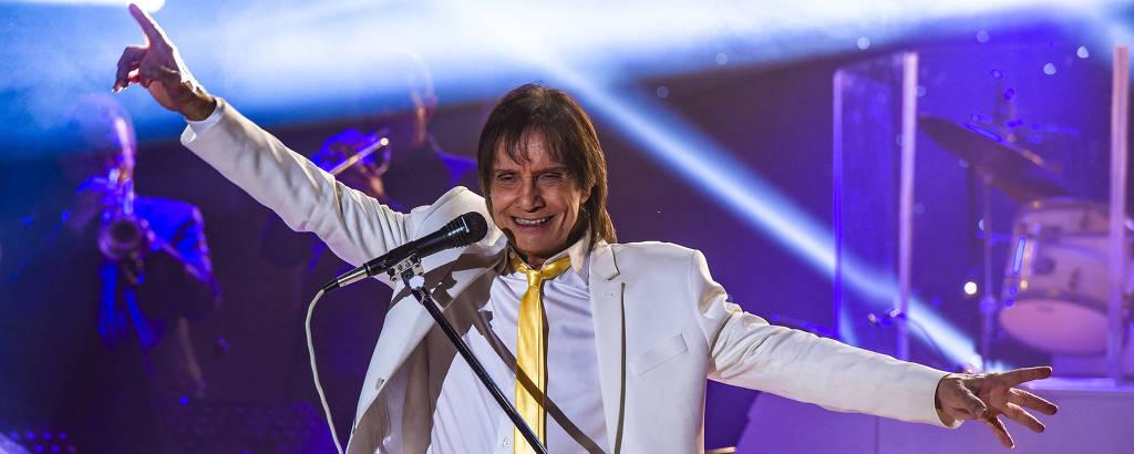 Roberto Carlos grava última parte de seu especial em Curitiba