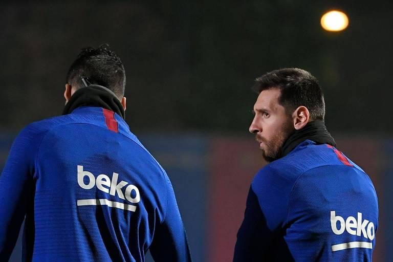 Suárez e Messi durante treino do Barcelona antes do clássico desta quarta