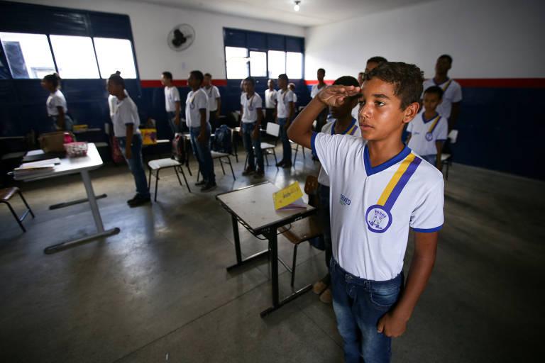 Municípios baianos fecham parcerias e adotam modelo militar para escolas