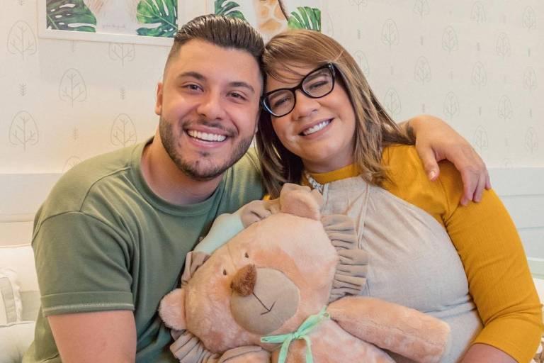 Marília Mendonça e Murilo Huff mostram o quarto de Leo