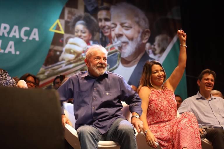 Veja fotos de Lula no Circo Voador