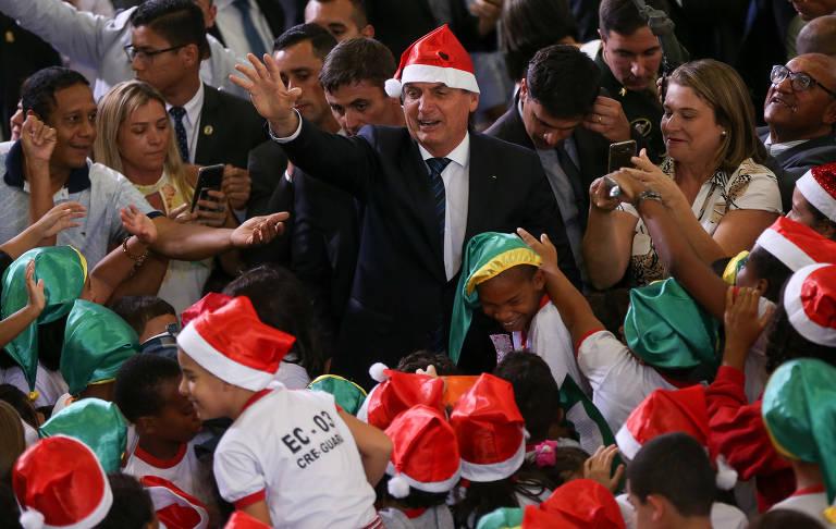 Bolsonaro e ministros participam de evento de Natal no Palácio do Planalto; veja fotos de hoje