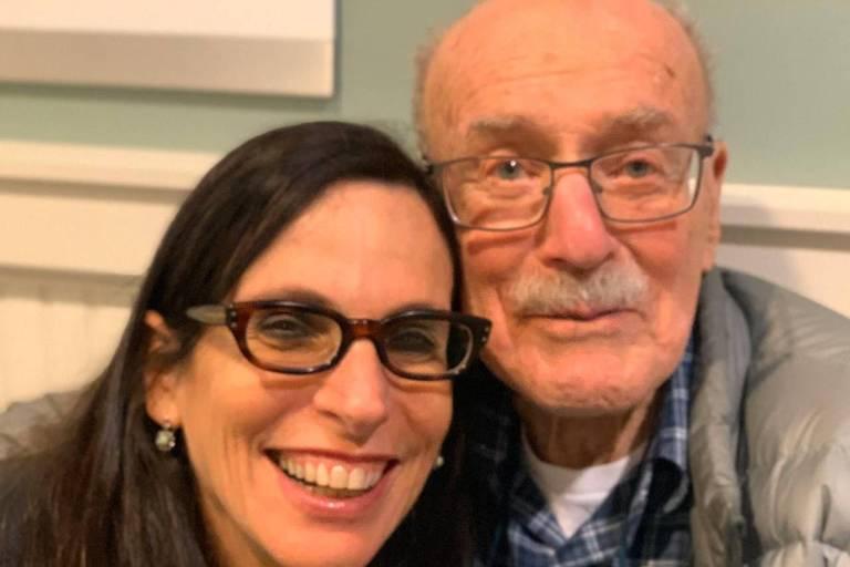 Lilia Schwarcz e Stanley J. Stein, em Princeton, em novembro de 2019
