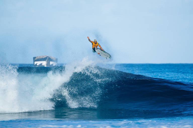 Brasil fica com título mundial de surfe pela 4ª vez em 6 anos