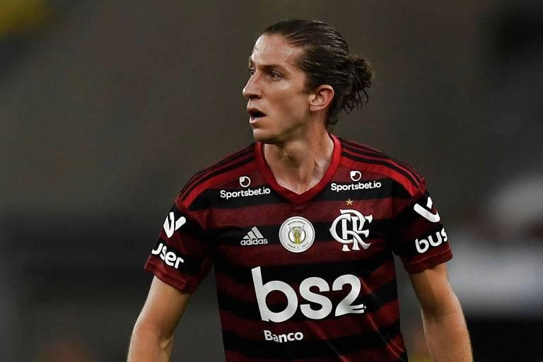 Filipe Luís em jogo pelo Campeonato Brasileiro