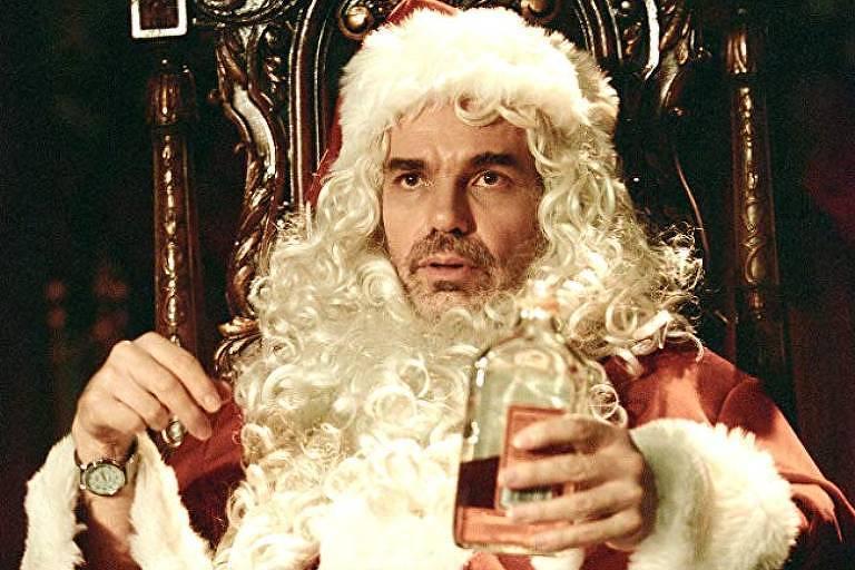 """Cena do filme """"Papai Noel às Avessas"""""""