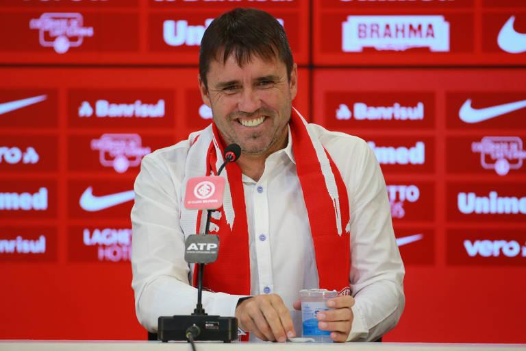 O argentino Eduardo Coudet, 45, vai comandar o Internacional a partir desta temporada. Entre 2018 e 2019, ele esteve à frente do Racing (ARG)