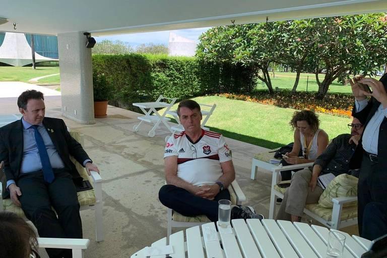 O presidente Jair Bolsonaro (sem partido) participa de café da manhã com jornalistas na manhã deste sábado (21)