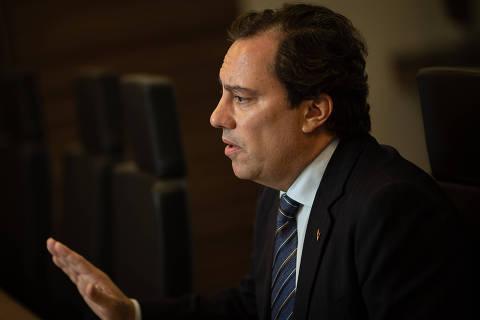 Presidente da Caixa investe em agenda positiva e quer se viabilizar como vice de Bolsonaro