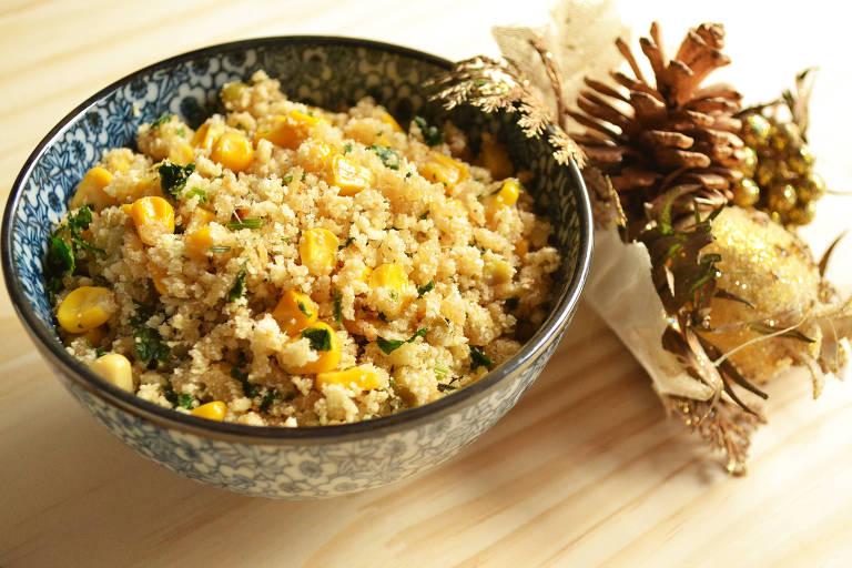 Farofa de milho e azeitona para ceia de Natal