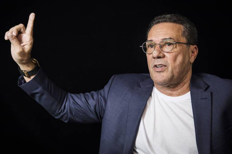 Técnico do Palmeiras, Vanderlei Luxemburgo durante entrevista à Folha