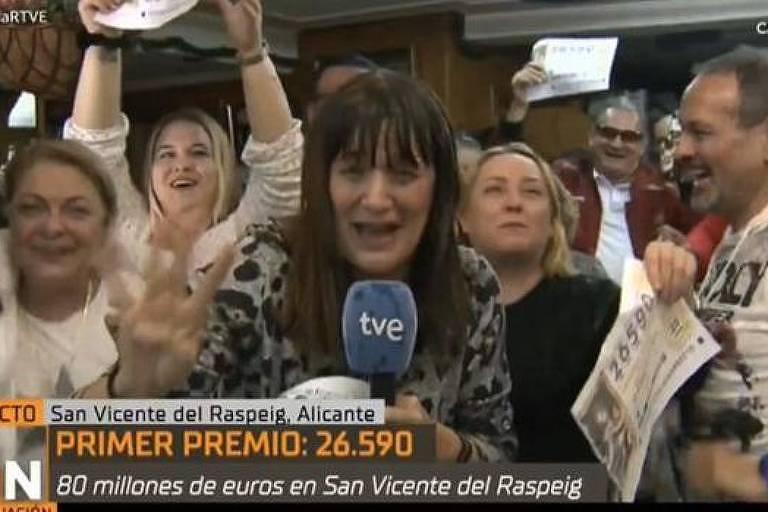 Vídeo de jornalista espanhola Natalia Escudero viraliza após ela anunciar ao vivo ter ganhado na loteria
