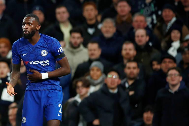 Rüdiger, do Chelsea, disse ter sido alvo de ofensas racistas de torcedores do Tottenham