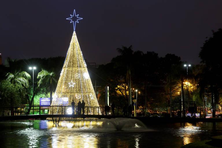 Cidades da Grande SP se enfeitam para receber o Natal