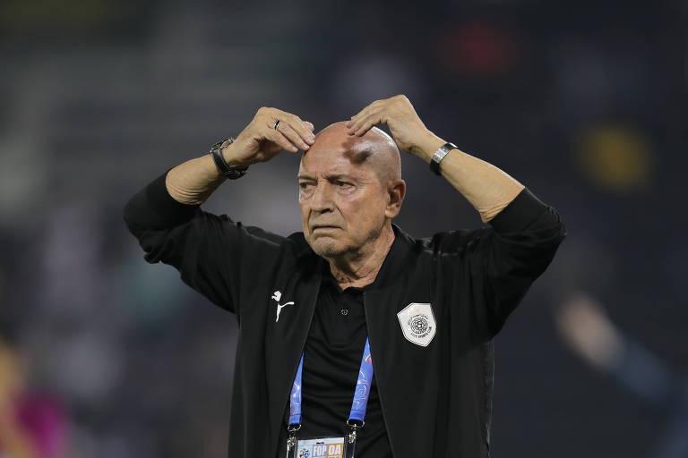 Jesualdo pelo Al-Saad (QUA) durante partida das quartas de final da Champions League da Ásia