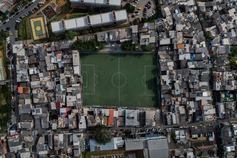 O campo da Arena Palmeirinha está desde 1982 no atual local e antes era um terrão