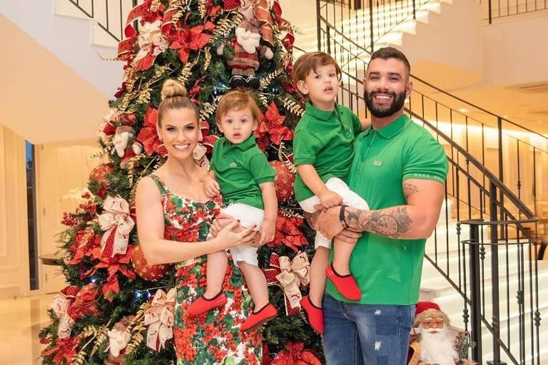 Gusttavo Lima com a mulher, Andressa Suita, e os filhos