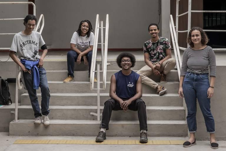 Integrantes do coletivo Poli Negra, da Escola Politécnica, durante a Semana da Consciência Negra, em novembro