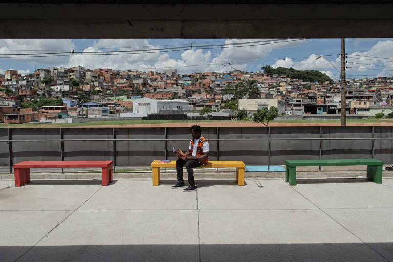 Sunny em Cidade Tiradentes, onde vive com a mulher e os três filhos