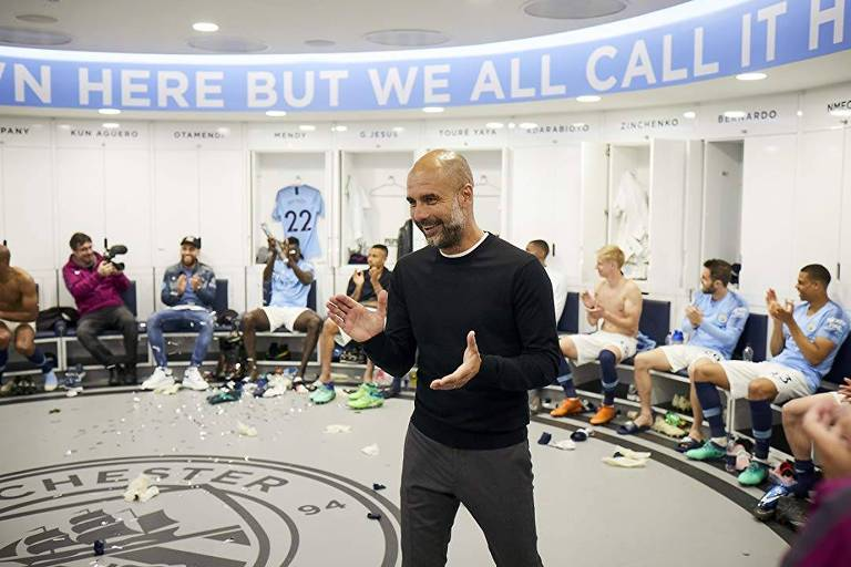 """Pep Guardiola, em cena da série """"Manchester City: All or Nothing"""", disponível no Amazon Prime Video"""