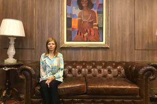 Rose Miriam Souza di Matteo no escritório de seu advogado Nelson Wilians, em SP