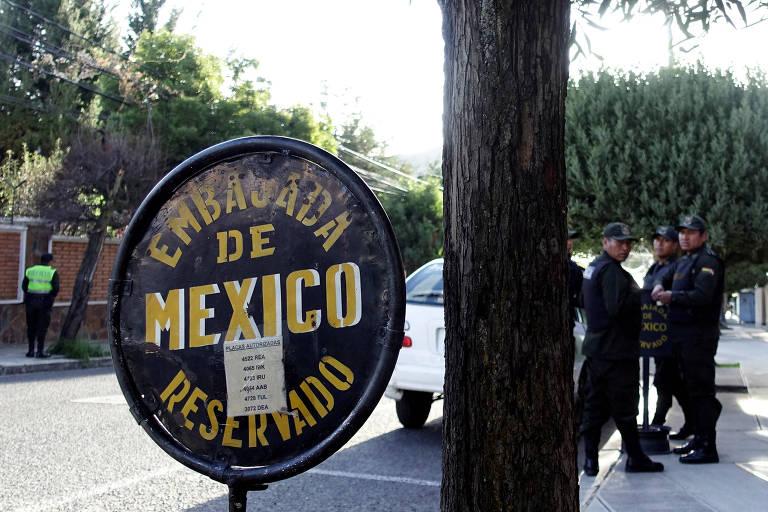 México denuncia 'intimidação' policial a sua embaixada na Bolívia