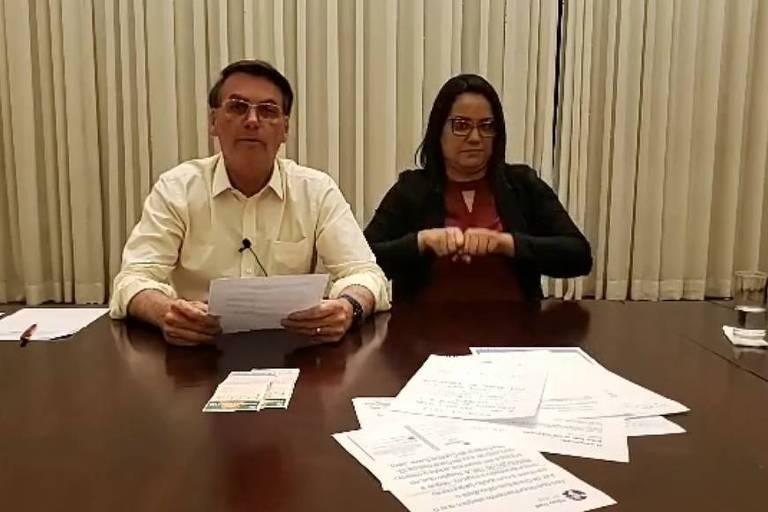 Em live nas redes sociais, Jair Bolsonaro diz que reduziu consumo de carne na Alvorada para duas vezes por semana